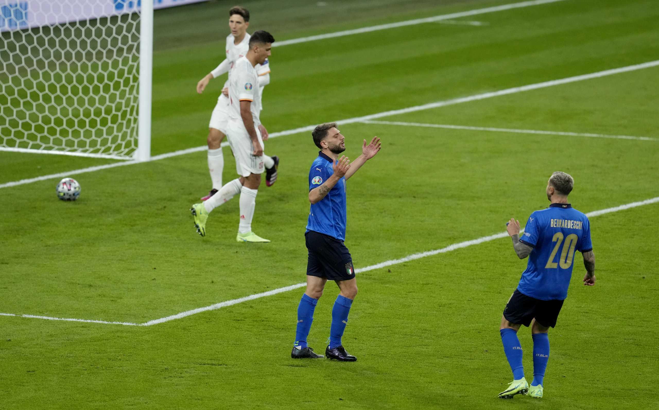 Euro 2020, Ιταλία – Ισπανία: Οφσάιντ ο Μπεράρντι, άκυρο το γκολ