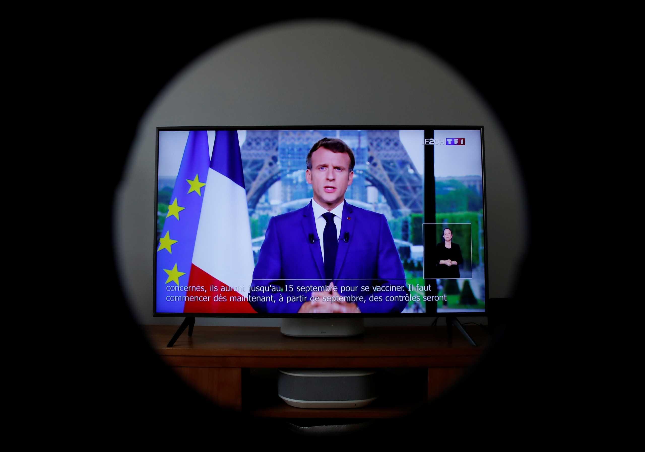 Όλη η Γαλλία τρέχει να εμβολιαστεί μετά το διάγγελμα Μακρόν – «Έπεσε» το σύστημα ηλεκτρονικών ραντεβού