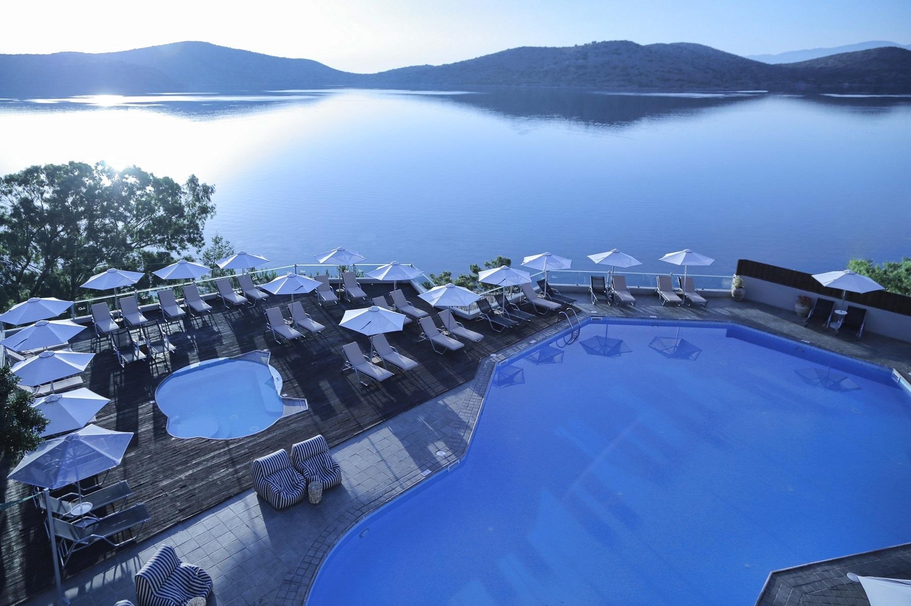 Ξενοδοχειακό deal: Το Elounda Blu στην Κρήτη σε διεθνή όμιλο