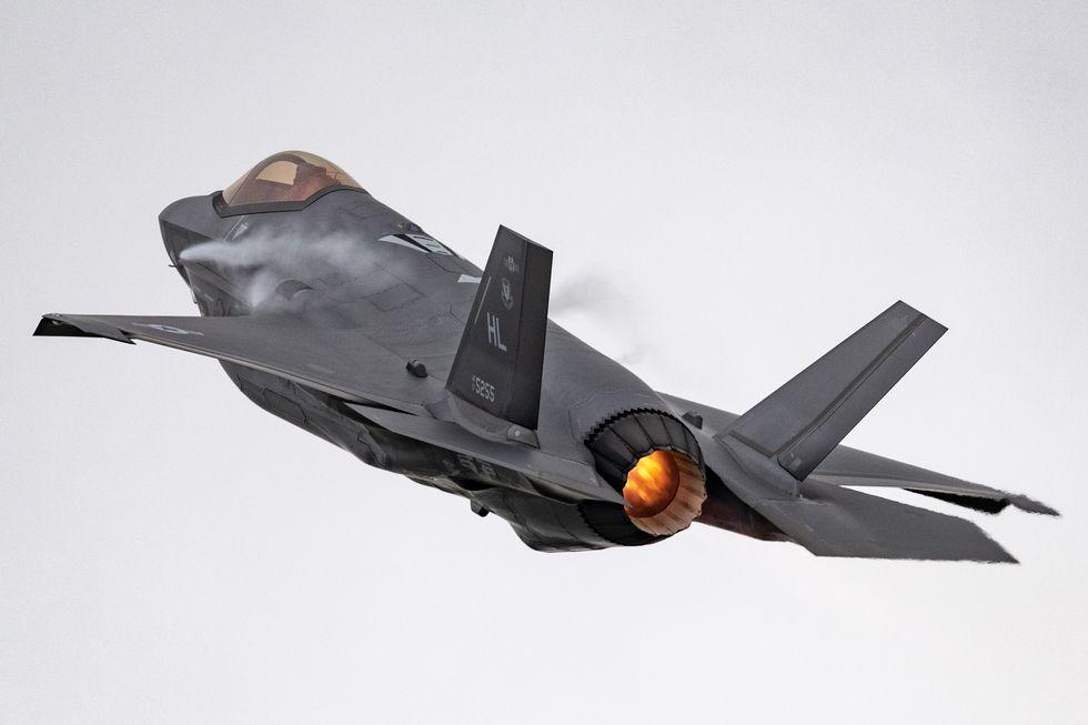 «Κάζο» με τα F-35: Δεκάδες stealth μαχητικά δεν μπορούν να πετάξουν λόγω Τουρκίας