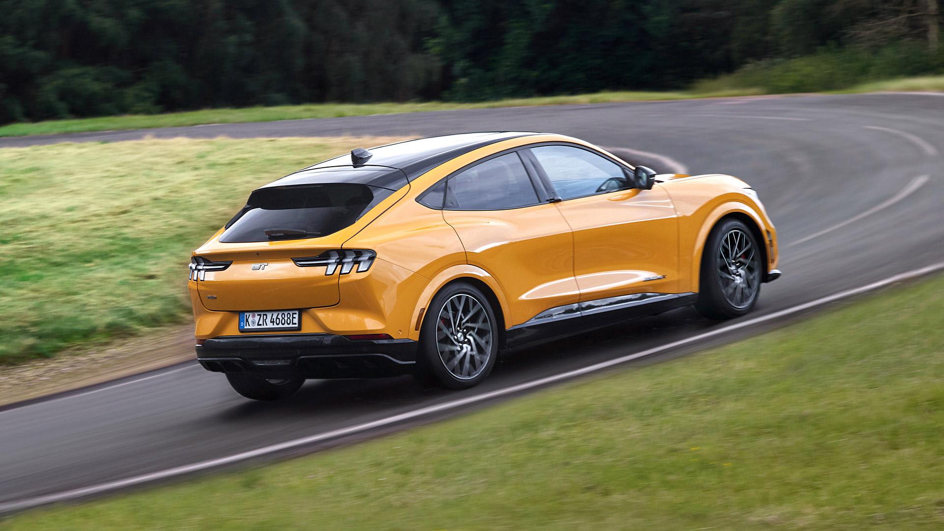 Mustang Mach-E GT: Η πιο σπορ και συναρπαστική έκδοση του ηλεκτρικού SUV (pics)