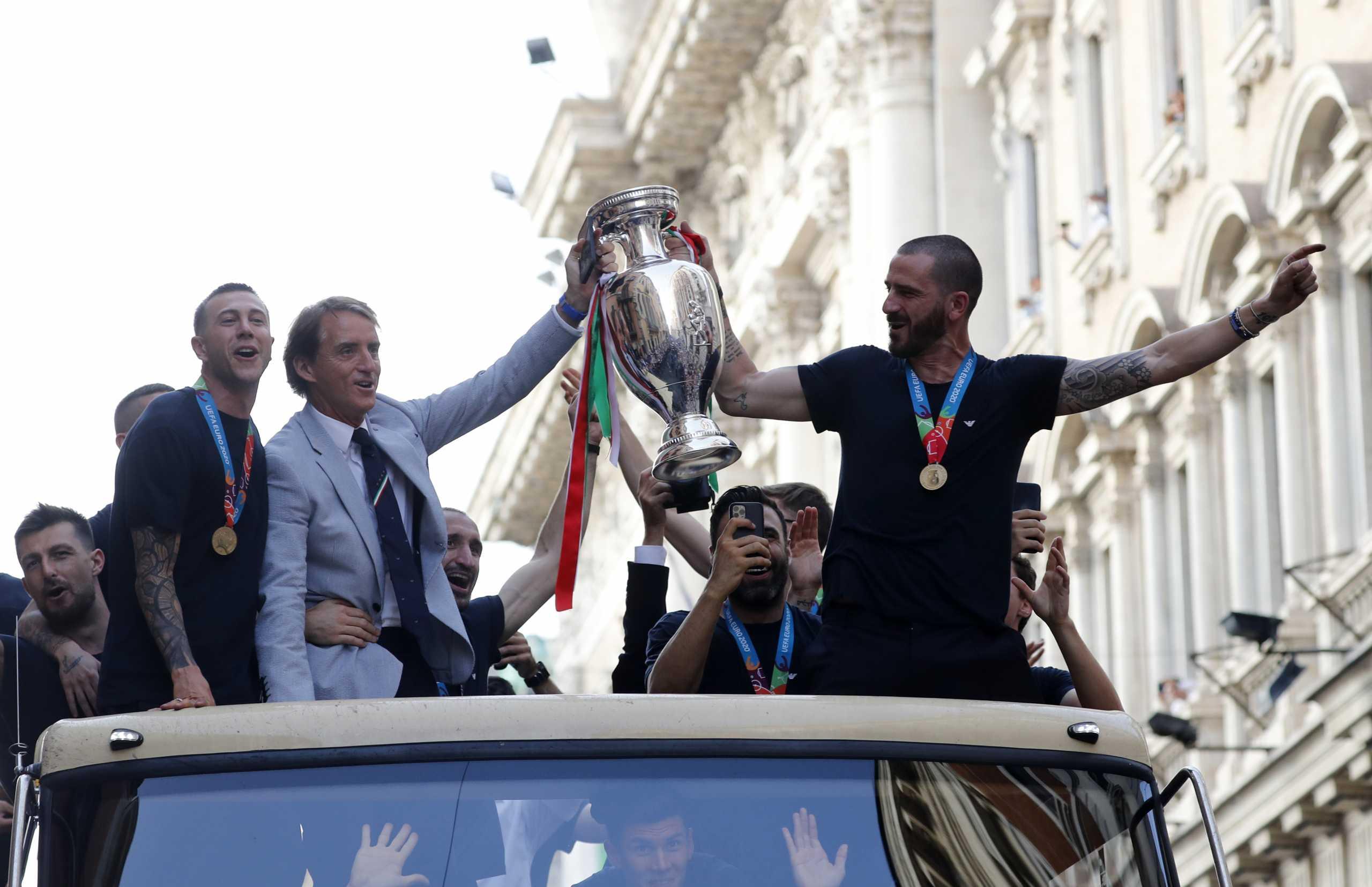 Euro 2020: Η κορυφαία ενδεκάδα της διοργάνωσης με έντονο «χρώμα» από Ιταλία