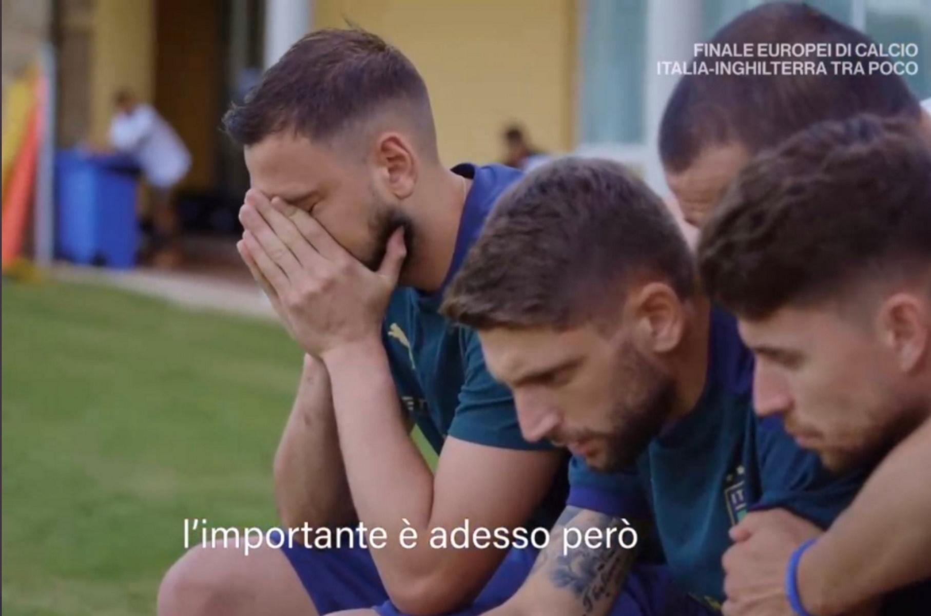 Εθνική Ιταλίας: Το σοκ των πρωταθλητών Ευρώπης στην κατάρρευση του Έρικσεν – Έφυγε με δάκρυα ο Μπαρέλα