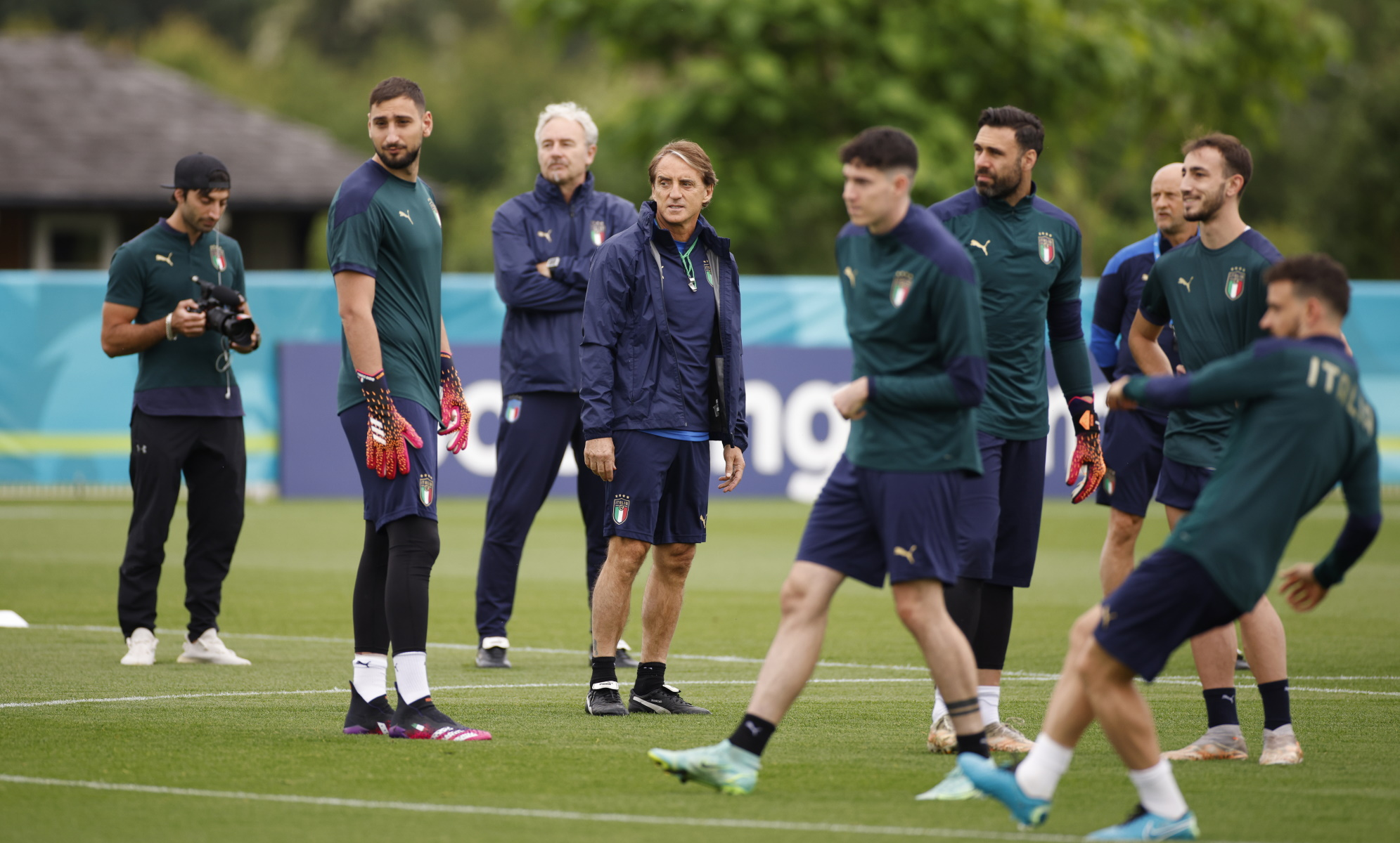 Euro 2020: Όλη η Ιταλία στηρίζει την «σκουάντρα ατζούρα» – Στο Λονδίνο ο Ματαρέλα
