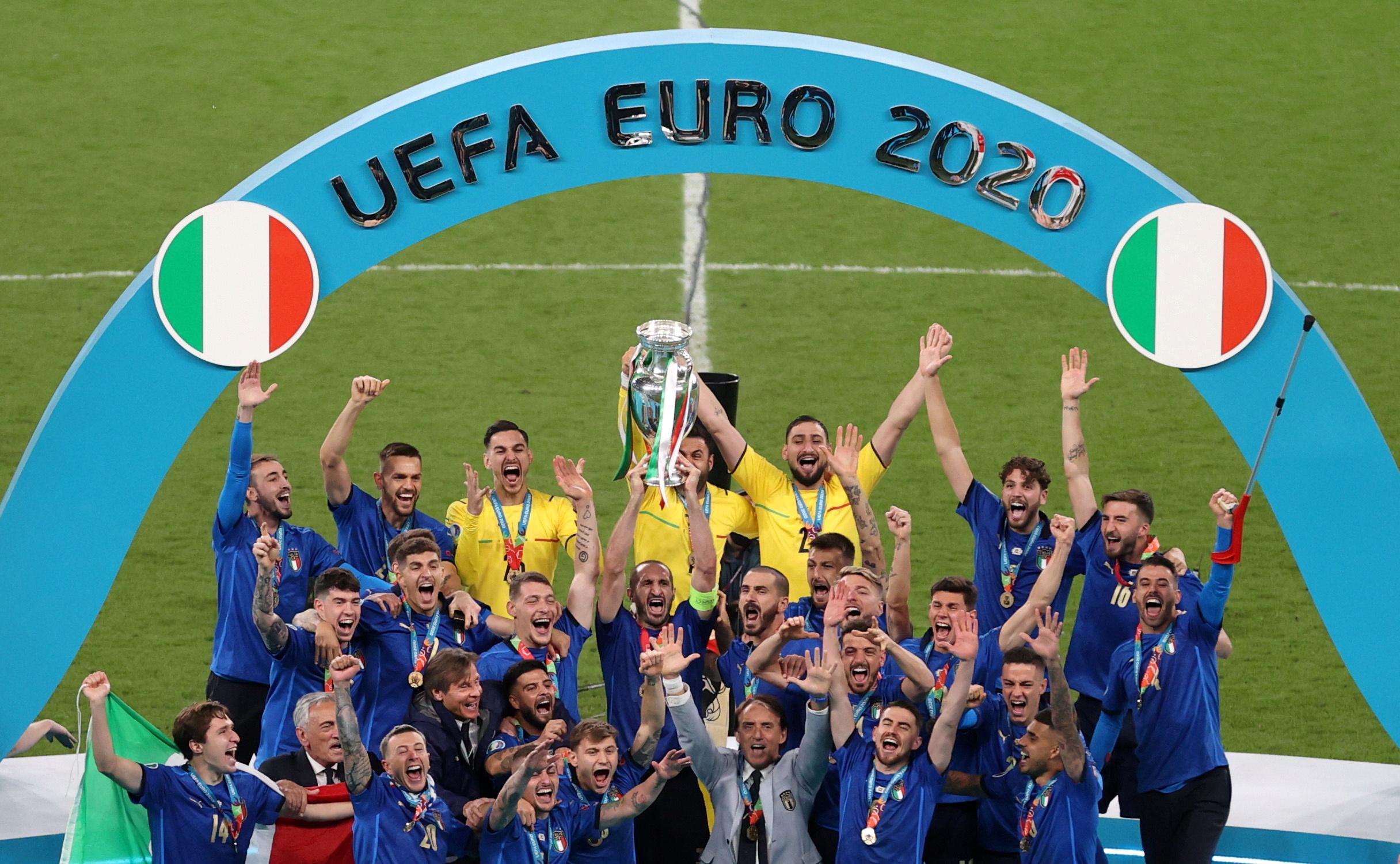 Euro 2020: Πανηγυρικά πρωτοσέλιδα στην Ιταλία – «Η Ευρώπη είμαστε εμείς»
