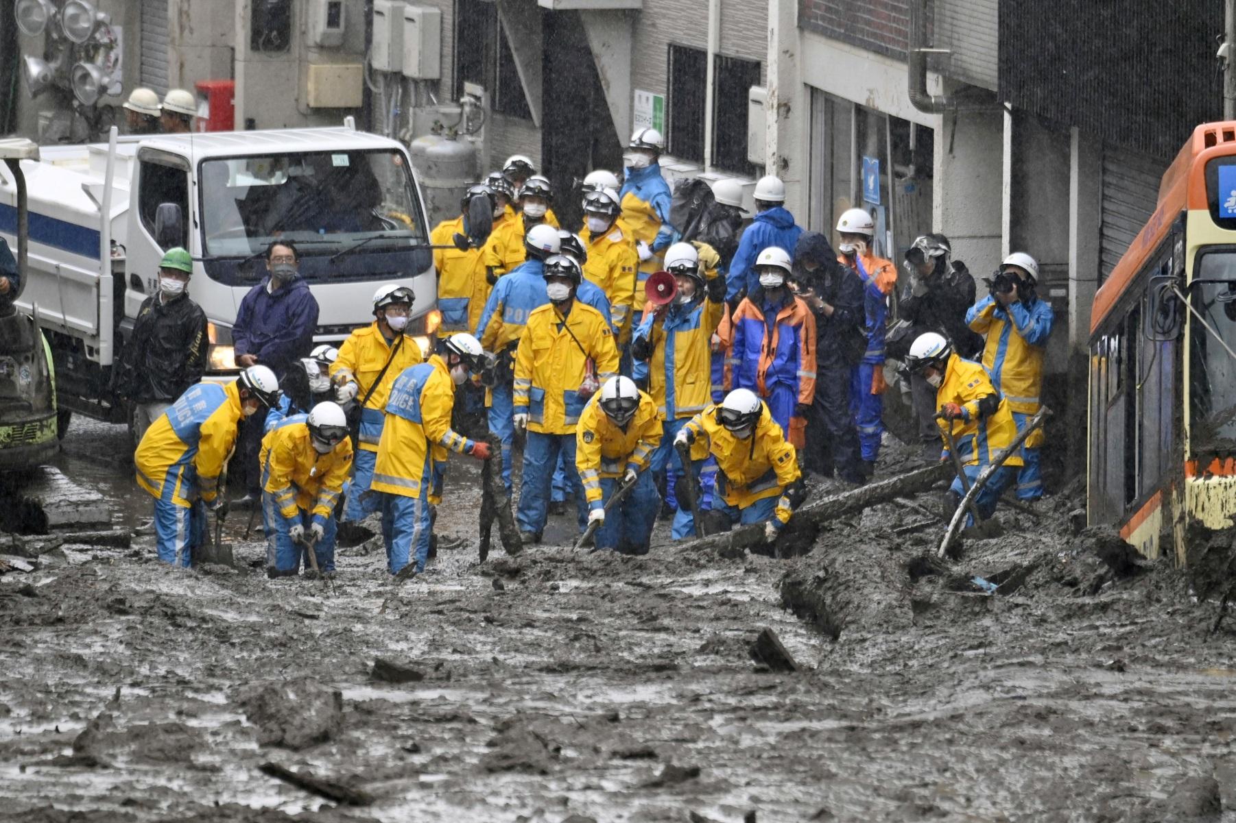 Ιαπωνία: Τέσσερις νεκροί και τουλάχιστον 64 αγνοούμενοι από τις κατολισθήσεις λάσπης