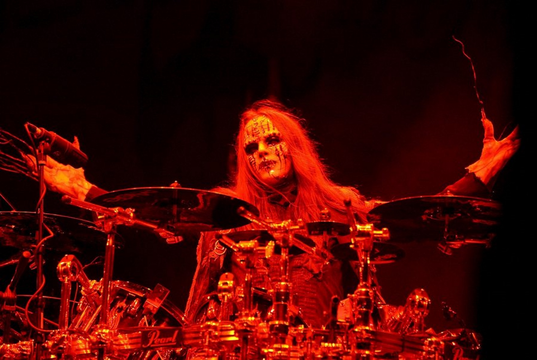 Πέθανε ο Joey Jordison ντράμερ του metal συγκροτήματος  Slipknot