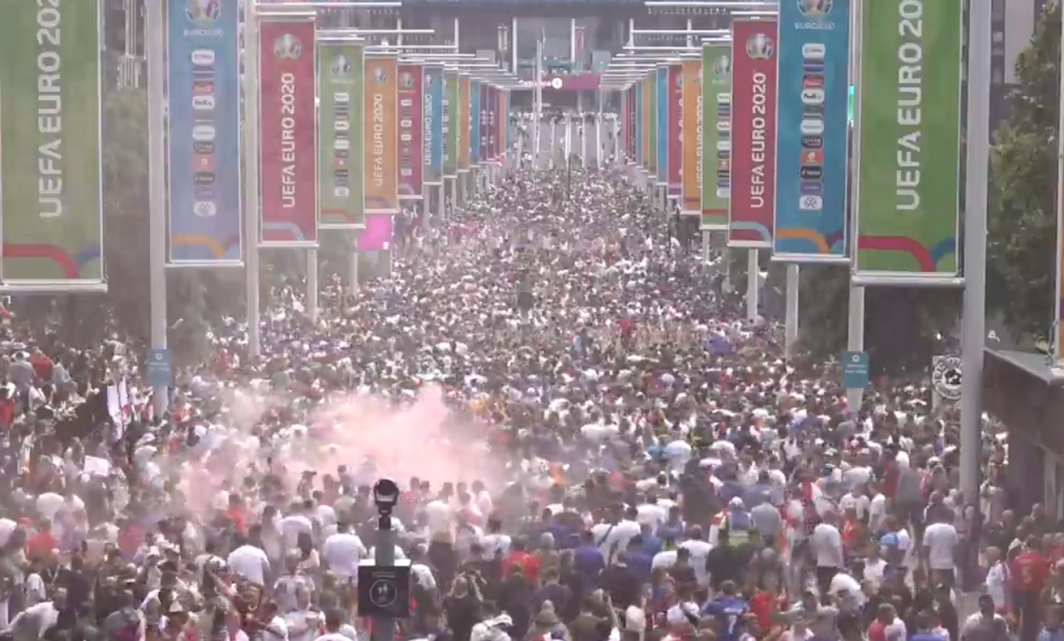 Euro 2020, Ιταλία – Αγγλία: Έχει ξεκινήσει από νωρίς το γλέντι των οπαδών