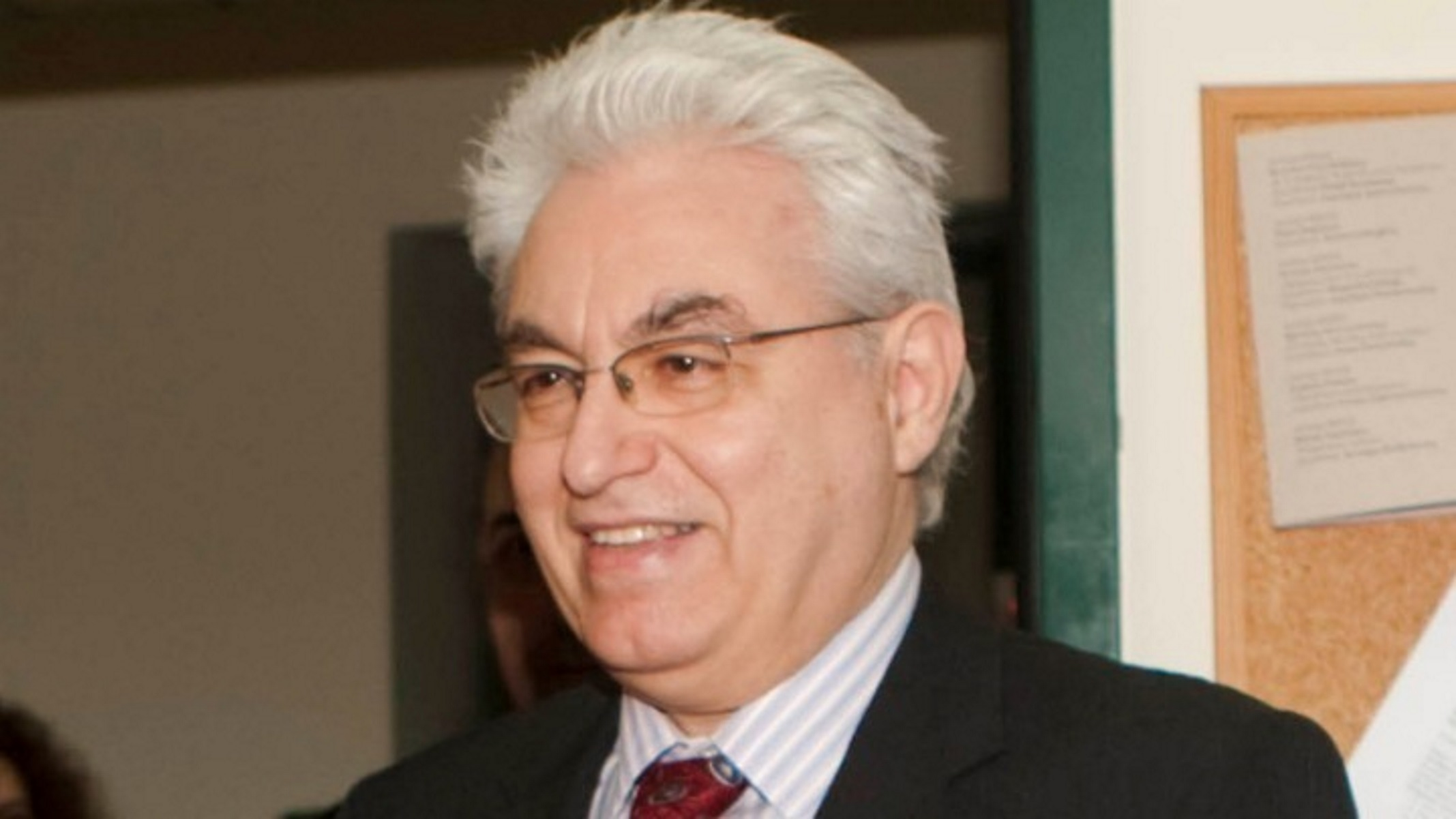 Πέθανε ο καθηγητής Γιάννης Καζάζης – Η ανάρτηση της Νίκης Κεραμέως
