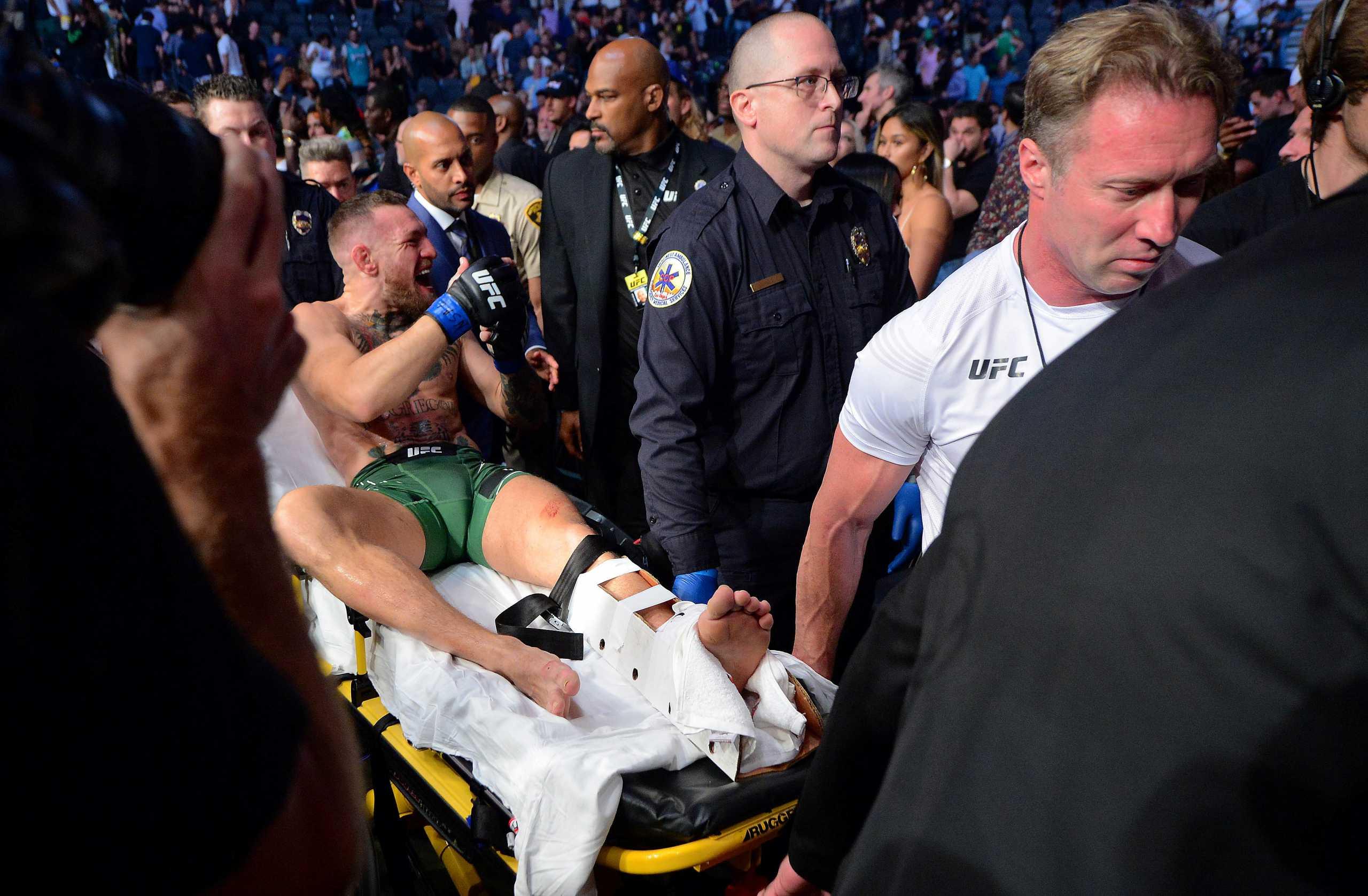 Conor McGregor – Dustin Poirier: Ήττα για τον Ιρλανδό, που «διέλυσε» το πόδι του
