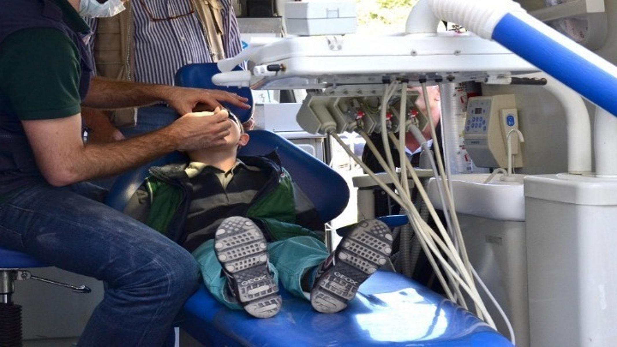 Δήμος Αθηναίων: Πρόγραμμα Προληπτικής Οδοντιατρικής για τα άπορα παιδιά