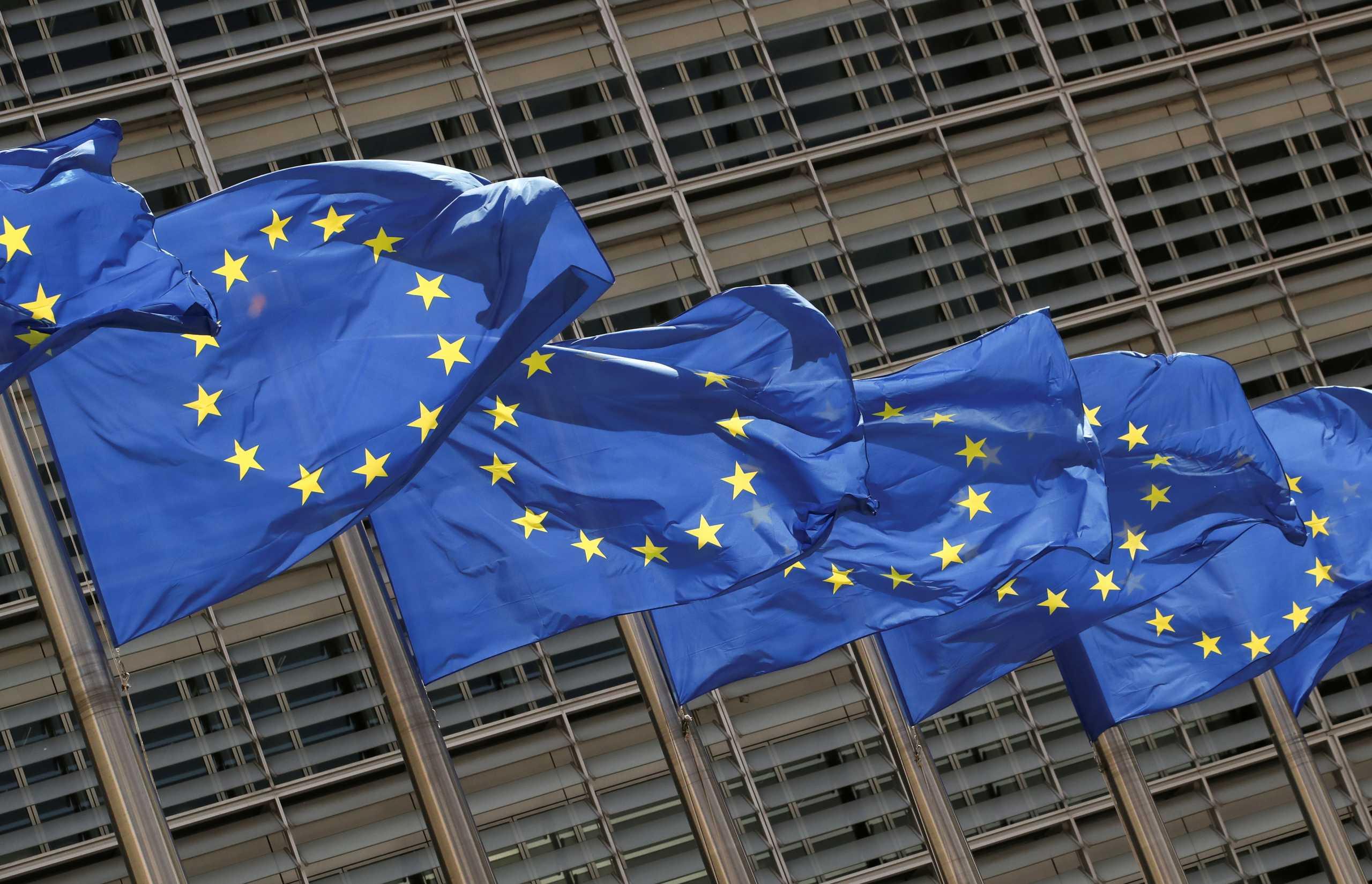 Αυξήσεις σε ρεύμα και φυσικό αέριο: Έφτασε στην Ευρωπαϊκή Επιτροπή το θέμα – «Χρειάζονται συλλογικές λύσεις»