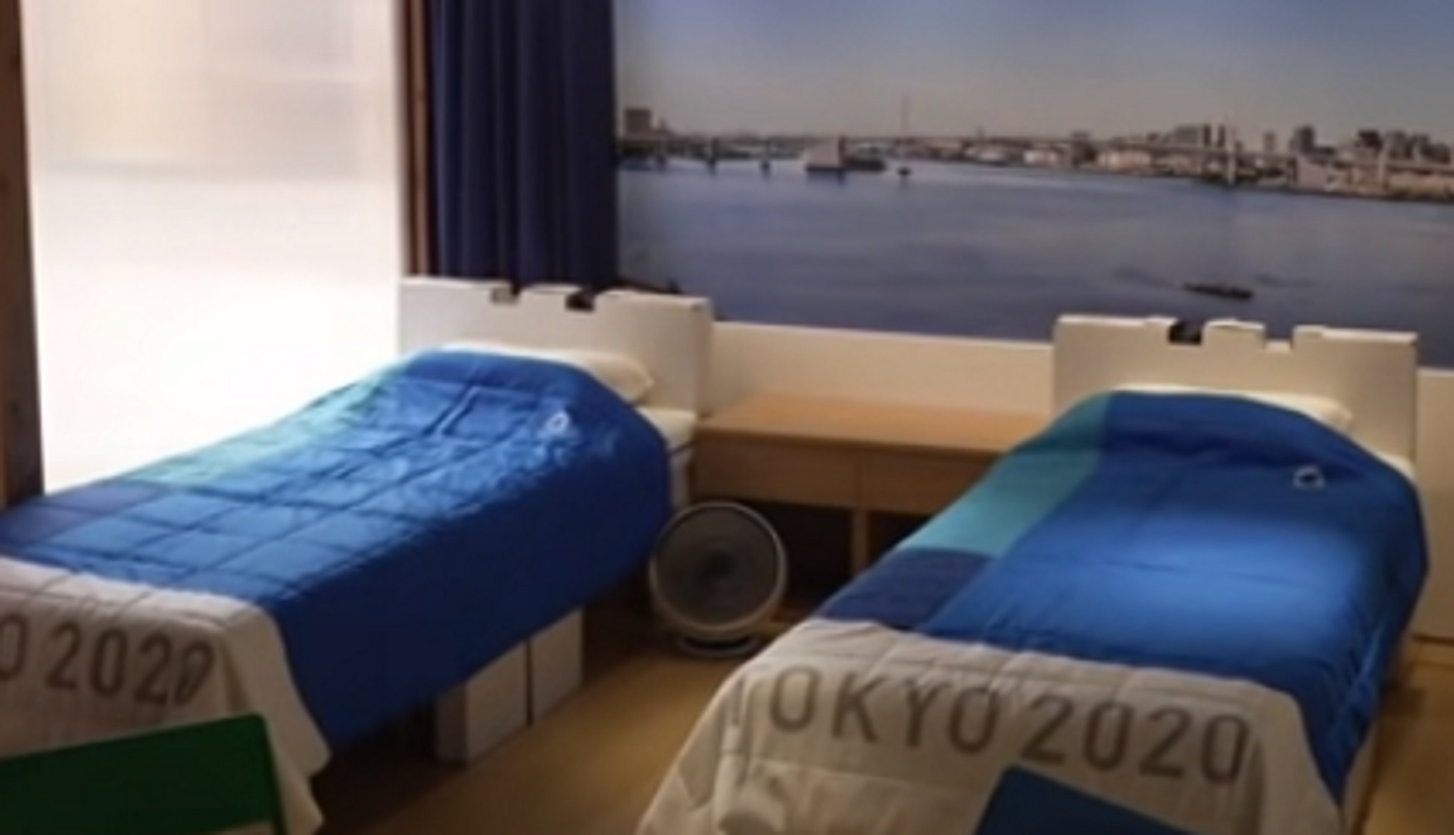 Ολυμπιακοί Αγώνες: Τα οικολογικά κρεβάτια που δεν αντέχουν δεύτερο άτομο