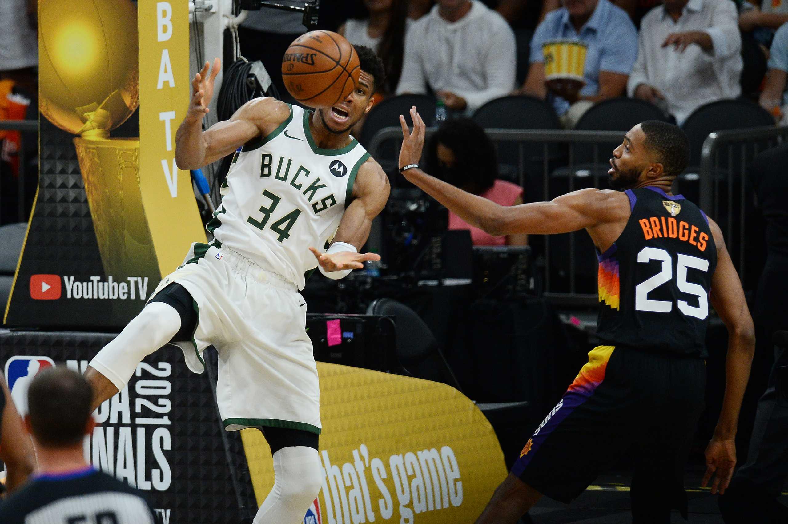 Γιάννης Αντετοκούνμπο: Η φάση της χρονιάς στο NBA, «κάρφωσε» τον Πολ μπροστά στον Λεμπρόν Τζέιμς