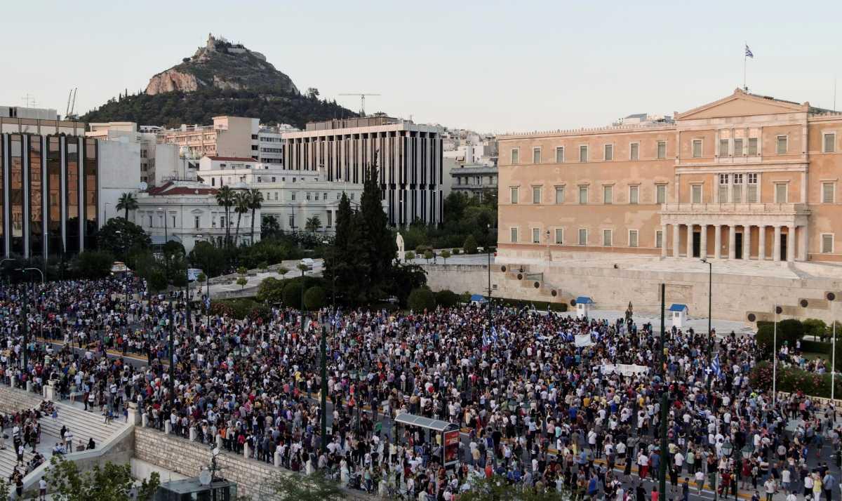 Άδωνις Γεωργιάδης: Αναστολή εργασίας όσο κρατάει η πανδημία – Δεν θα θεσπιστεί γενικός κανόνας απολύσεων