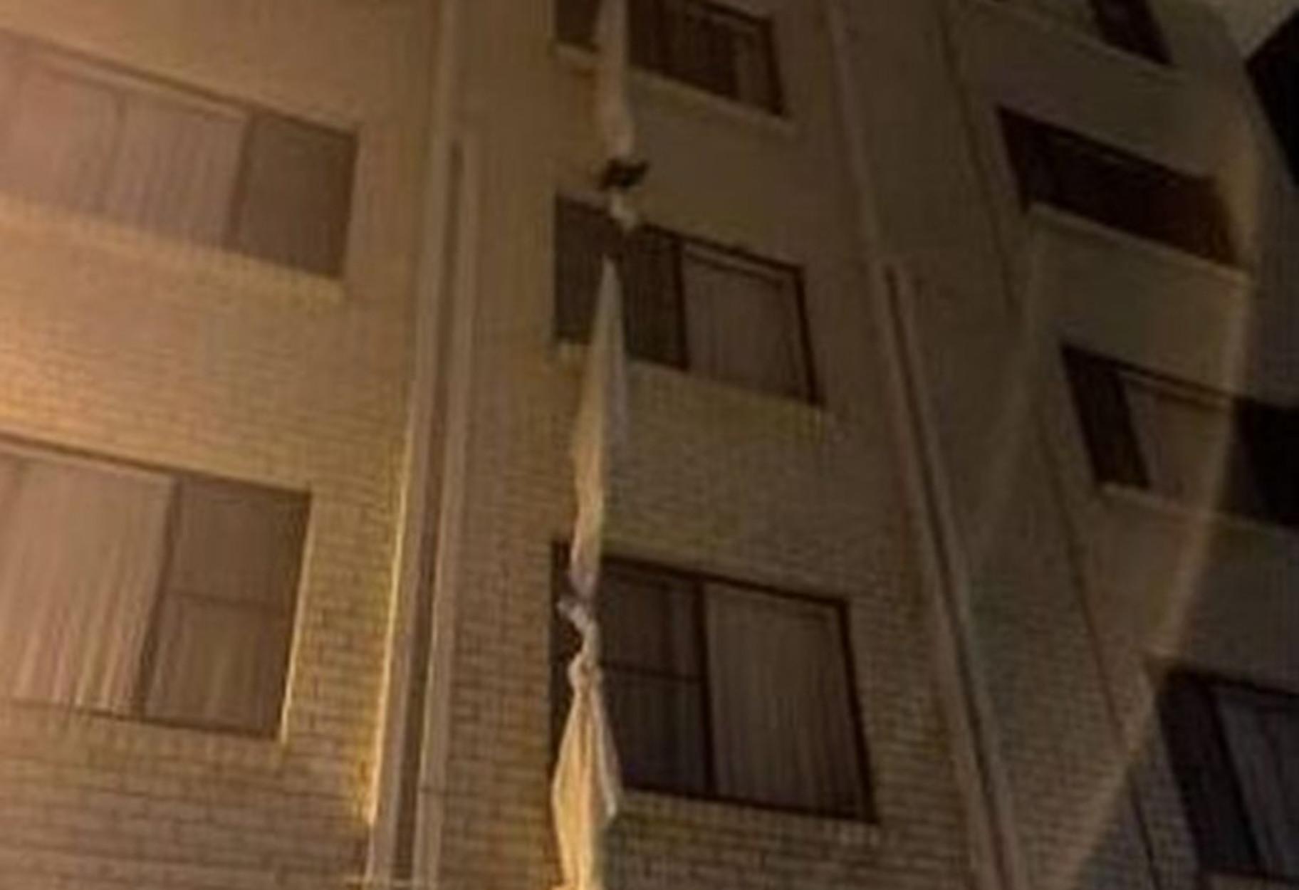 Αυστραλία: Απέδρασε από τον 4ο όροφο ξενοδοχείου καραντίνας με… σκοινί από σεντόνι!