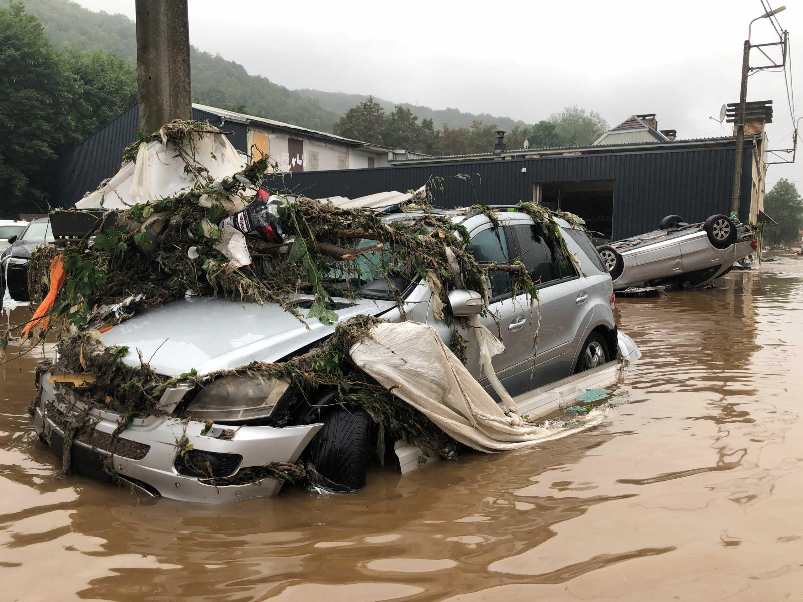 Συναγερμός στο Βέλγιο: Ζητούν εκκένωση της Λιέγης λόγω των πλημμυρών