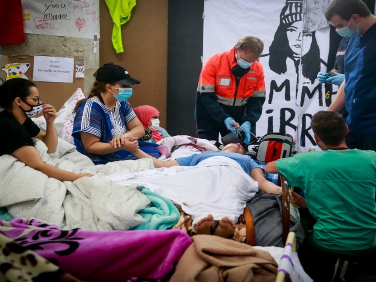 Βέλγιο: Σε κρίσιμη κατάσταση εκατοντάδες μετανάστες απεργοί πείνας – Αρνούνται πλέον και το νερό