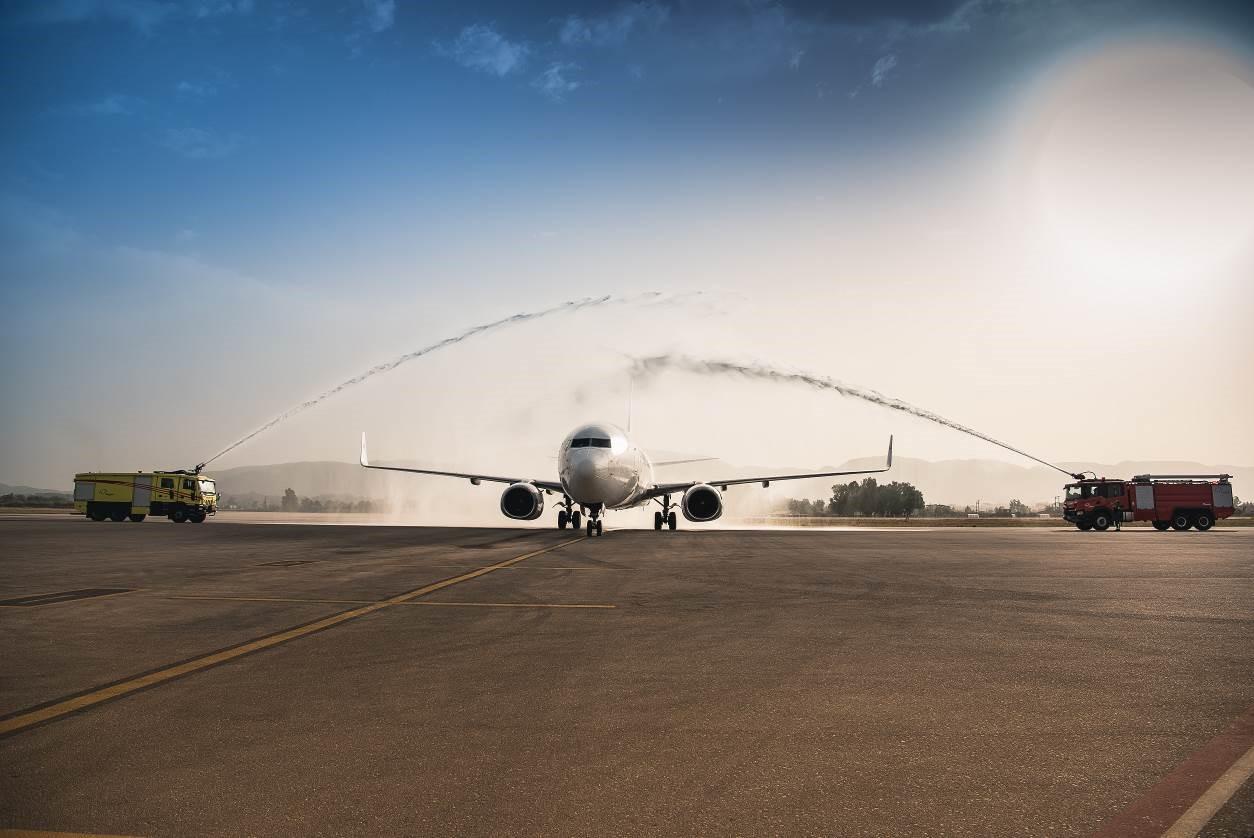 Blue Air: Ξεκινά πτήσεις με χαμηλού κόστους εισιτήρια προς 10 ελληνικούς προορισμούς