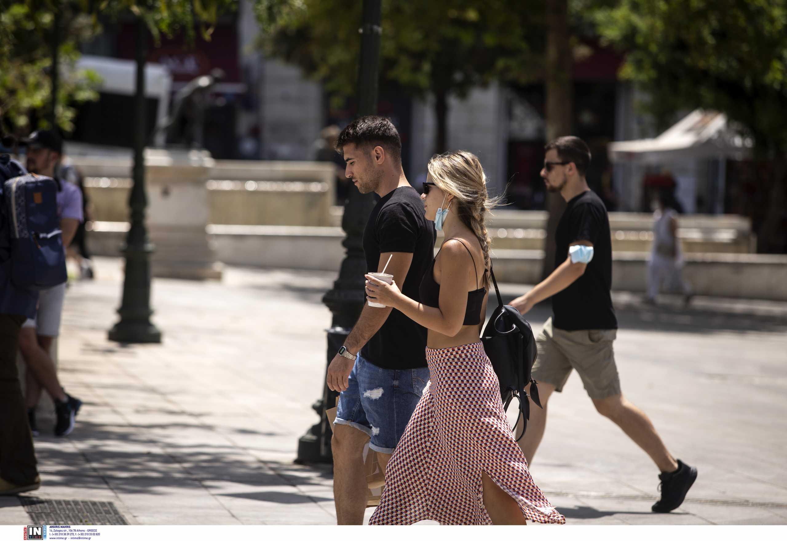Κορονοϊός: Εξαπλώνεται σε ολόκληρη τη χώρα – Πάνω από 40 περιοχές με διψήφιο αριθμό κρουσμάτων