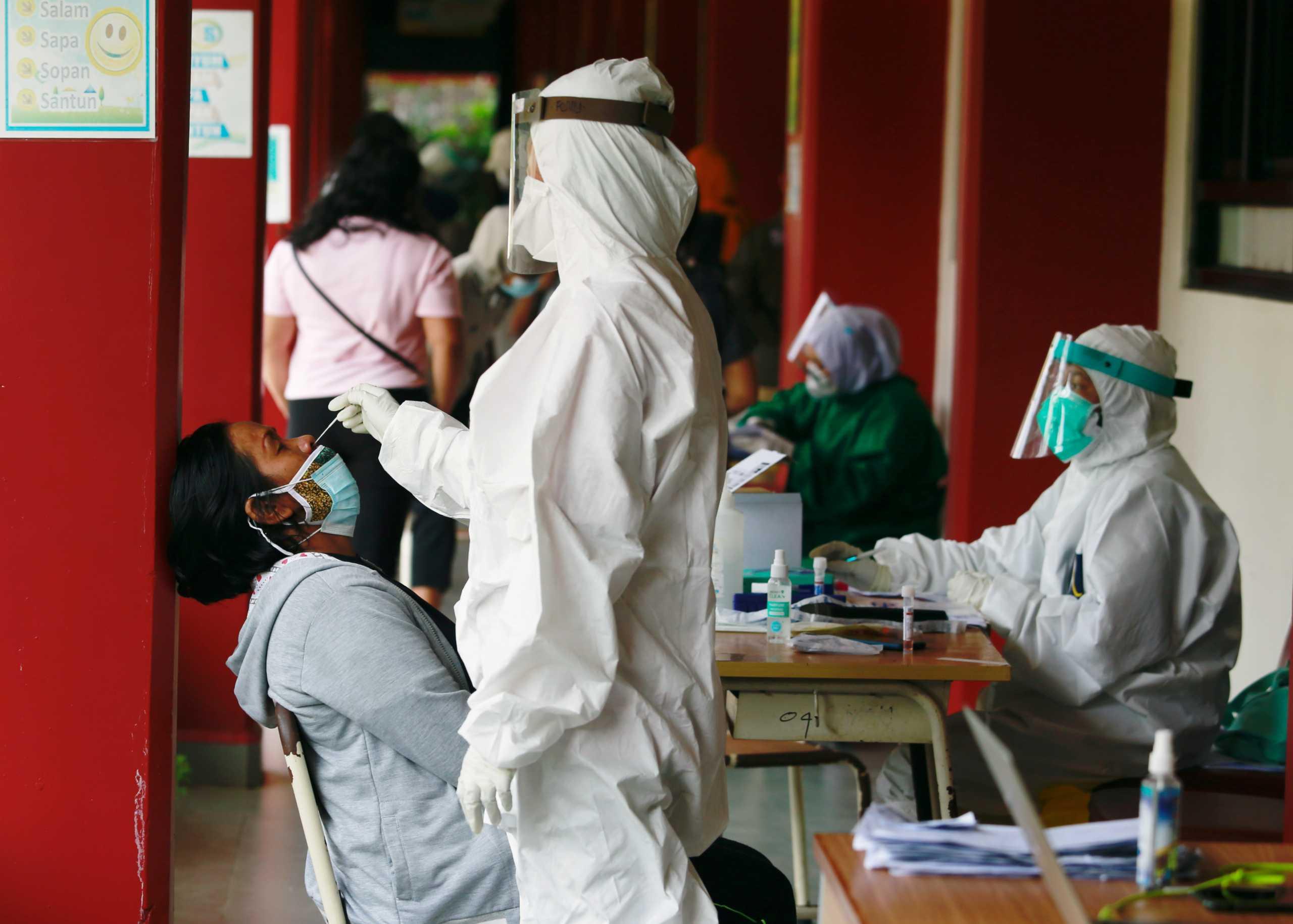 Κορονοϊός: 9 στους 10 διασωληνωμένους είναι ανεμβολίαστοι – Στη δημοσιότητα τα στοιχεία