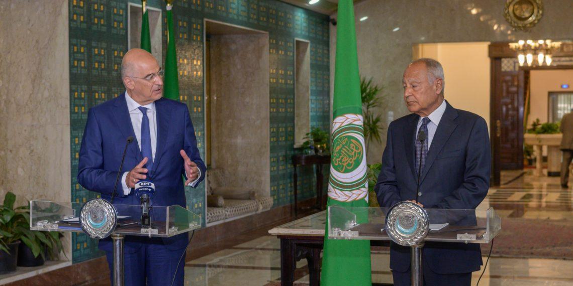 Δένδιας: Υπεγράφη ιστορικής σημασίας Μνημόνιο Συνεργασίας Ελλάδας – Αραβικού Συνδέσμου