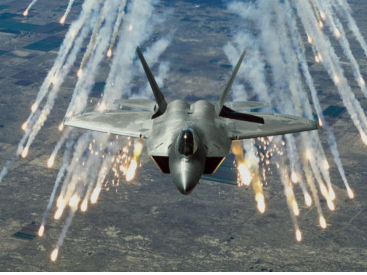 Όταν αμερικανός πιλότος F-22 έστειλε Ιρανό με F-4 «σπίτι του»