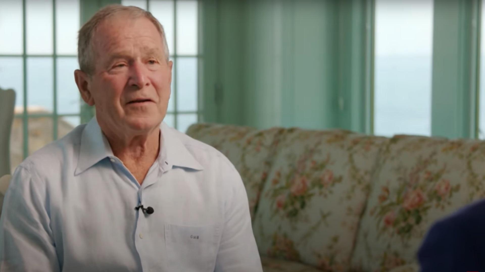 Τζορτζ Μπους: Λάθος η αποχώρηση του στρατού μας από το Αφγανιστάν