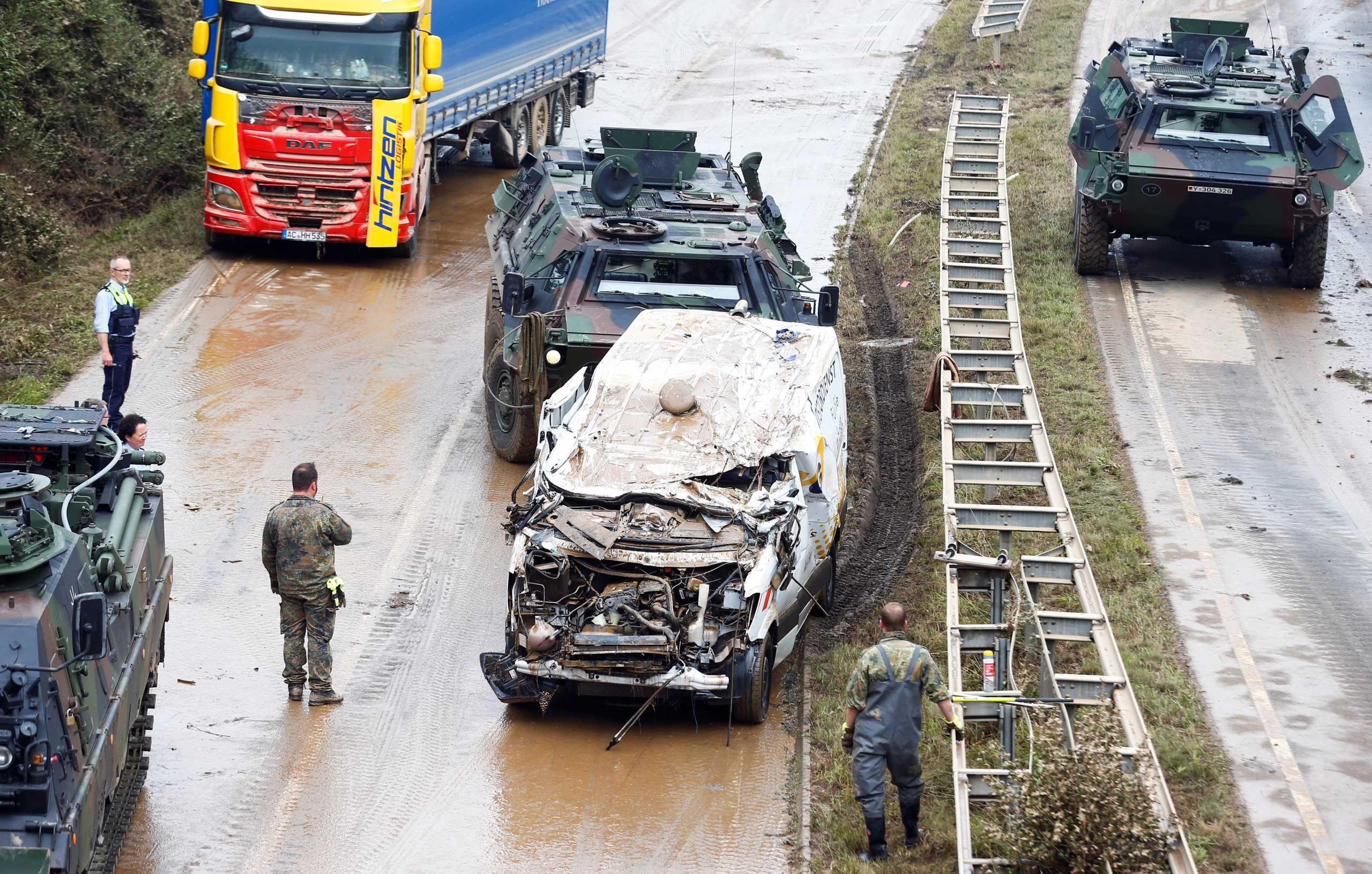 Γερμανία – πλημμύρες: «Μπαλάκι» οι ευθύνες ανάμεσα σε κυβέρνηση και κρατίδια