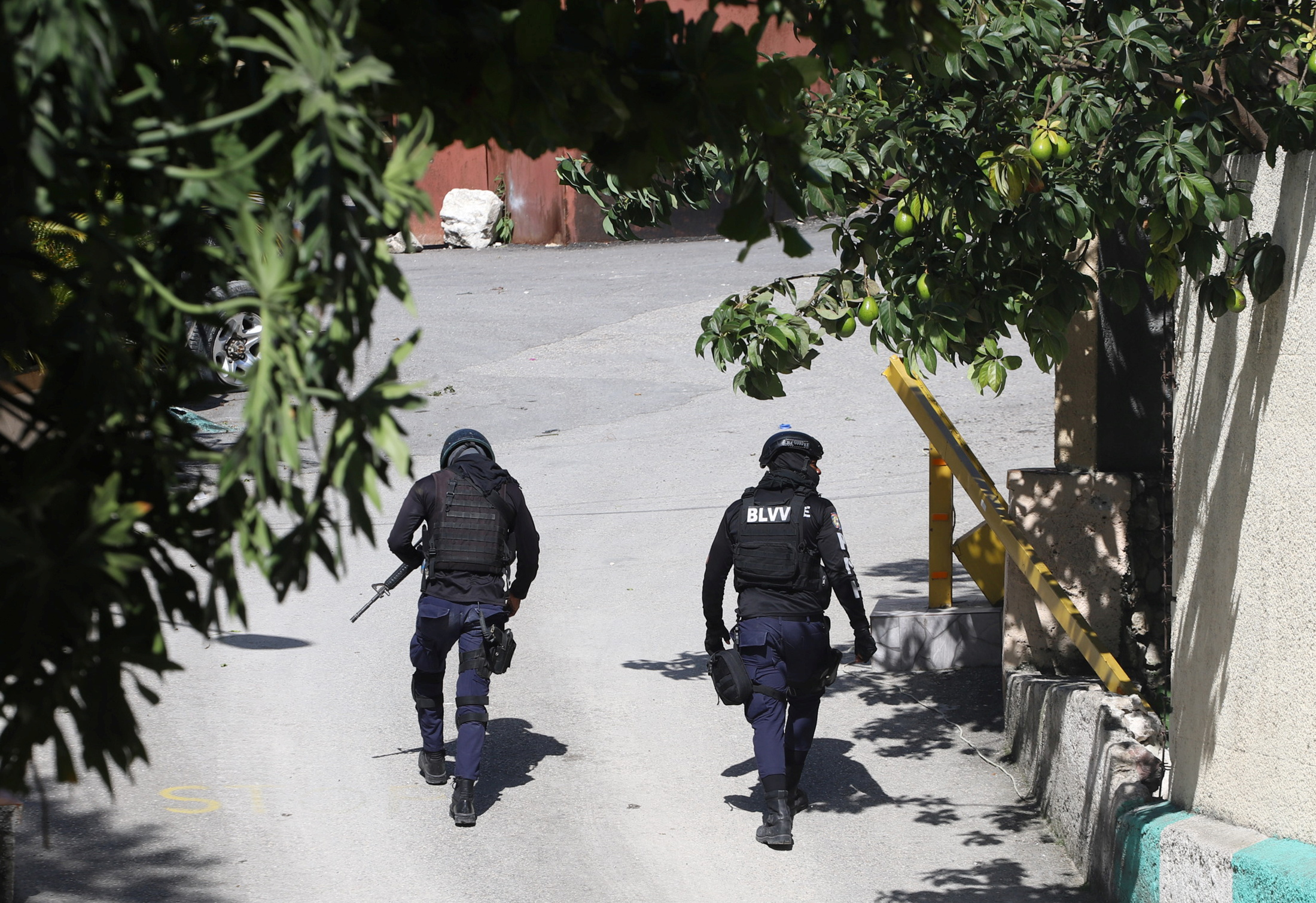 Αϊτή: Σκότωσαν τον Μοΐζ «ντυμένοι» πράκτορες της DEA – Μάχη με τους μισθοφόρους, 4 νεκροί