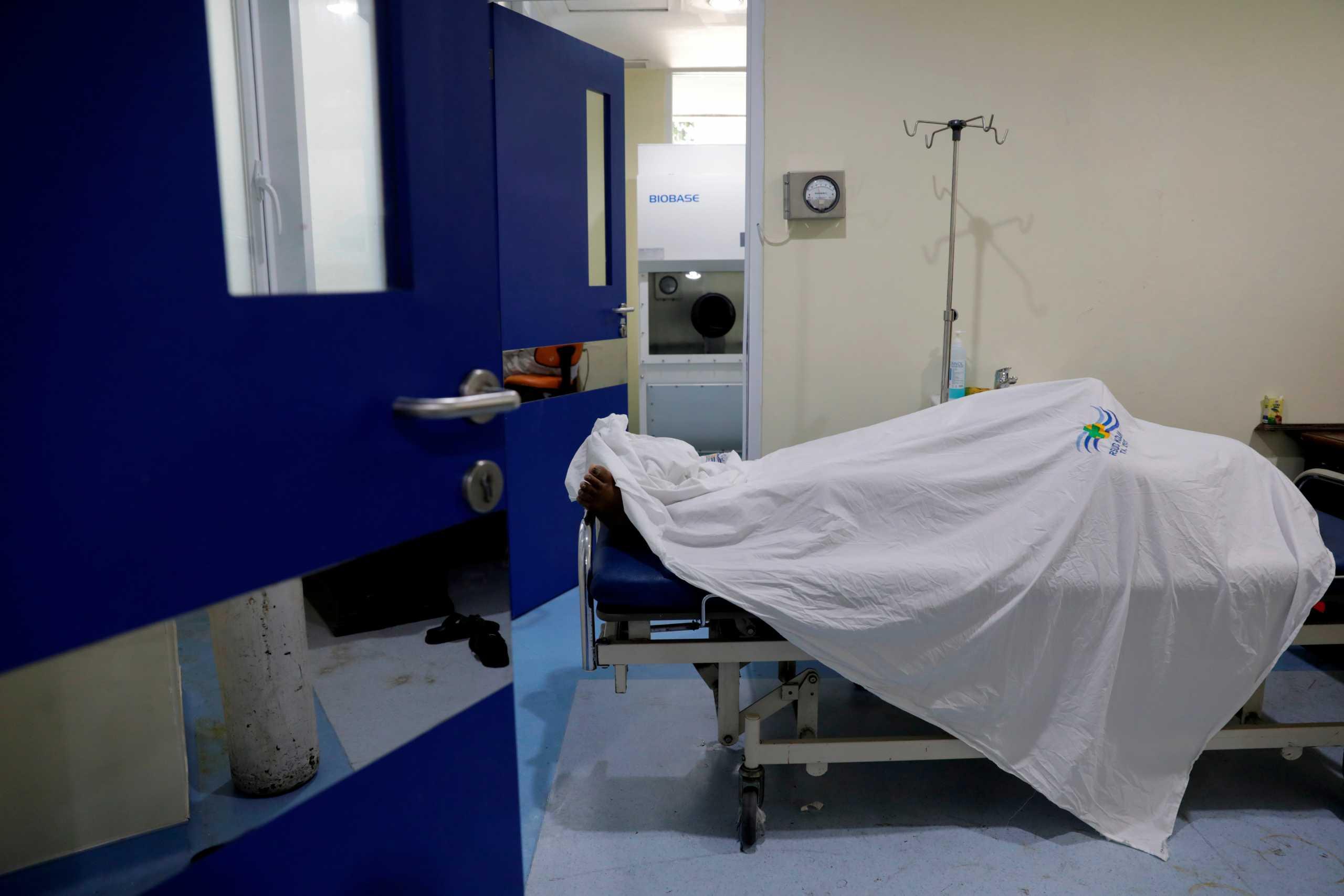 Ινδονησία: Δεκάδες ασθενείς με κορονοϊό πεθαίνουν λόγω έλλειψης οξυγόνου στα νοσοκομεία
