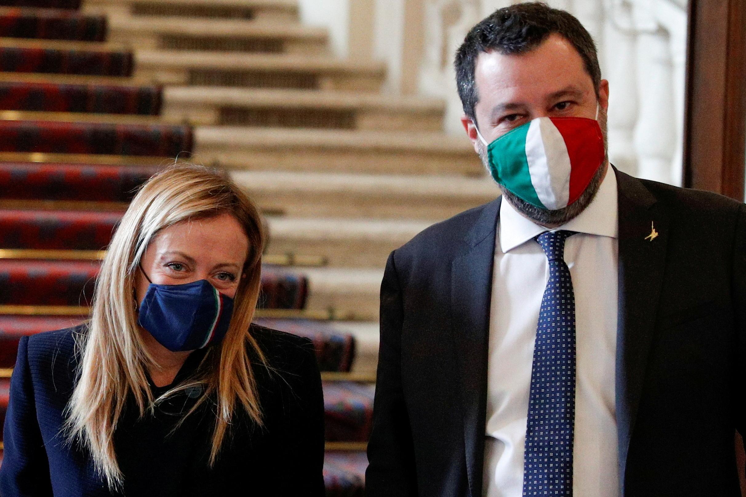 Ιταλία: Δημοσκοπική «πρωτιά» για το ακροδεξιό κόμμα «Αδέλφια της Ιταλίας» – Ακολουθεί η «Λέγκα»