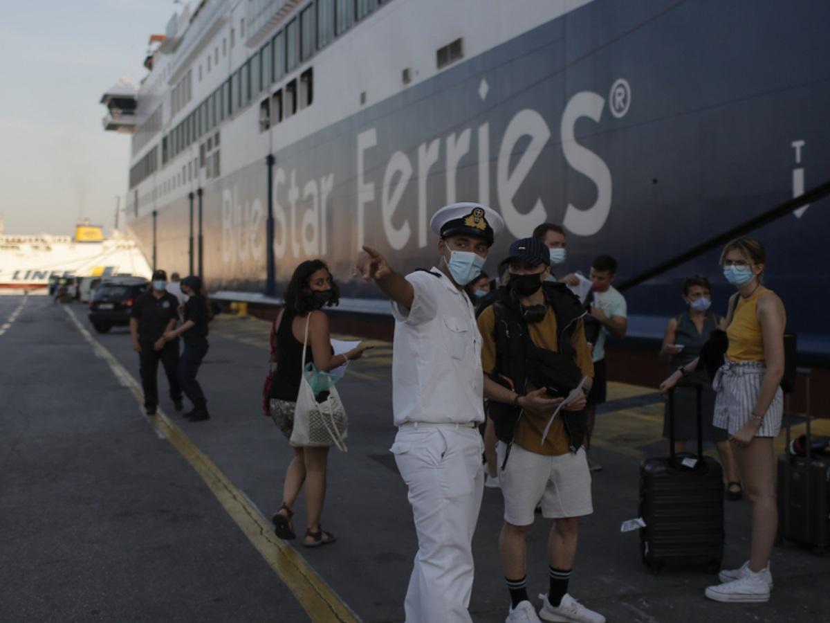 Γιάννης Πλακιωτάκης: Μπλόκο σε 2.500 επιβάτες στα λιμάνια το τριήμερο – Ελλιπείς έλεγχοι μέχρι πρότινος