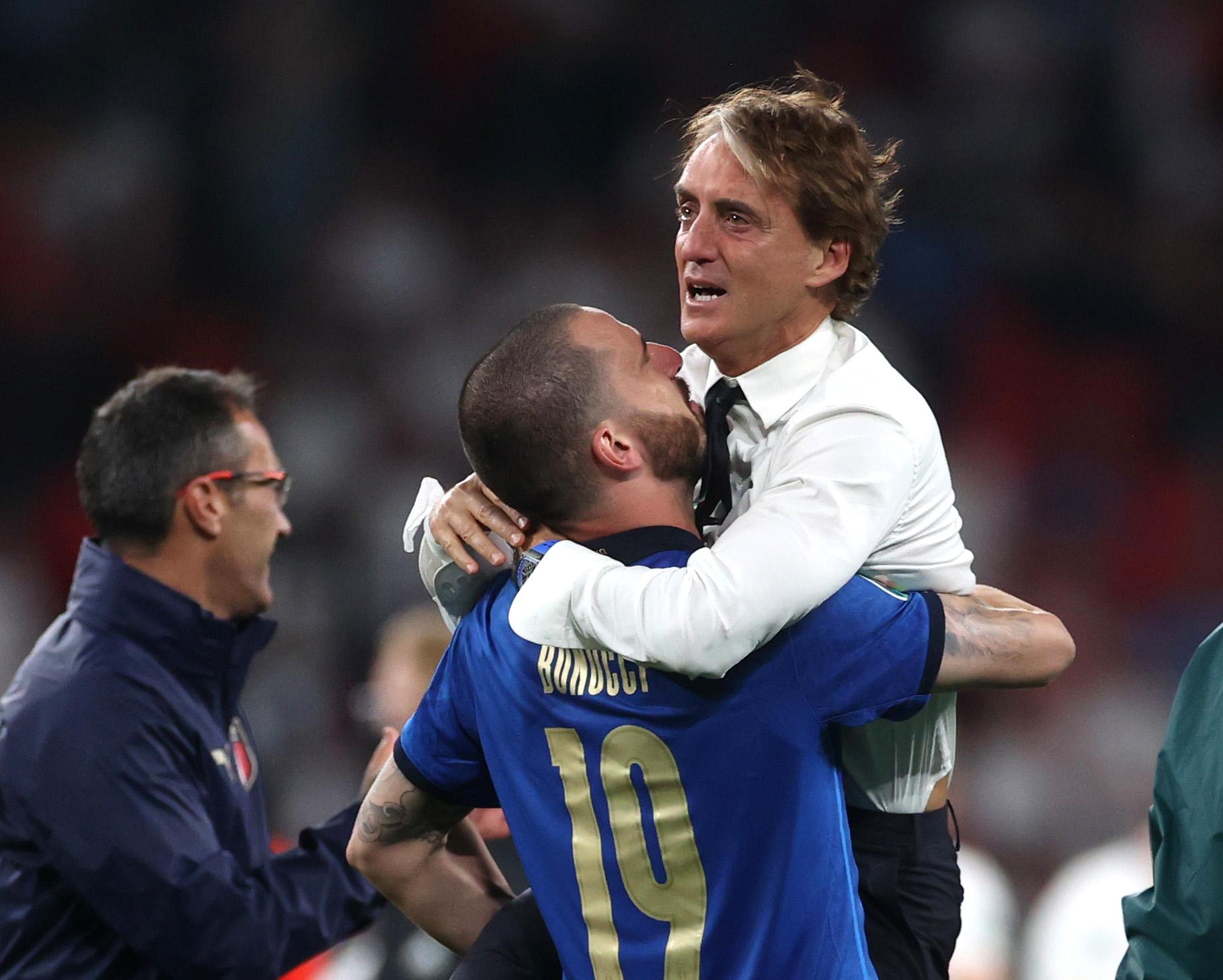 Euro 2020, Ιταλία – Αγγλία: Τα δάκρυα του Μαντσίνι και το «It's coming to Rome» από τον Μπονούτσι