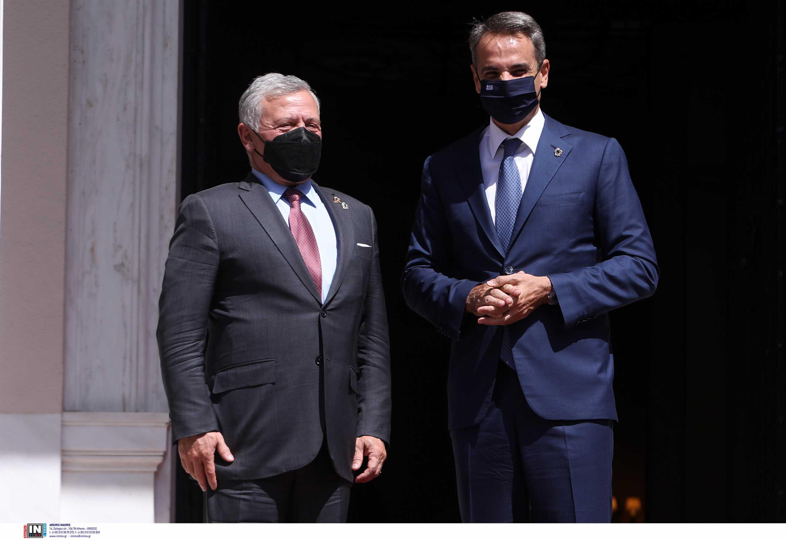 Κυριάκος Μητσοτάκης σε βασιλιά Ιορδανίας: Η Ελλάδα δωρίζει 150.000 εμβόλια κατά του κορονοϊού