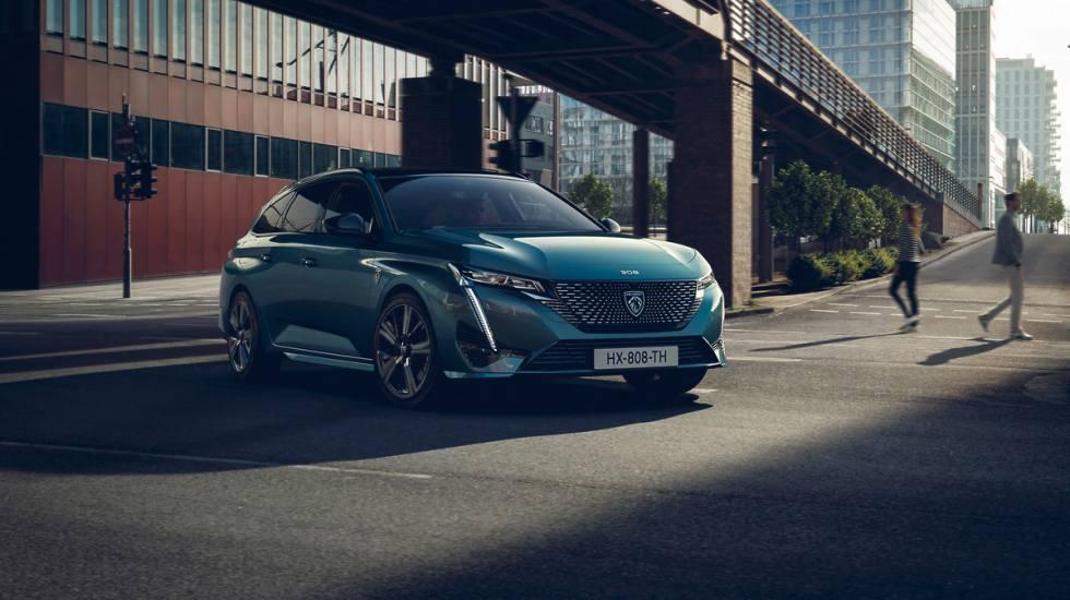 Peugeot: Μέχρι πότε θα πουλάει βενζινοκίνητα αυτοκίνητα;