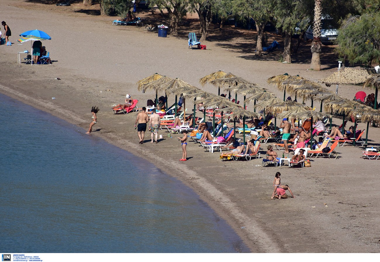 Τρεις παραλίες στην Πελοπόννησο πολύ κοντά στην Αθήνα