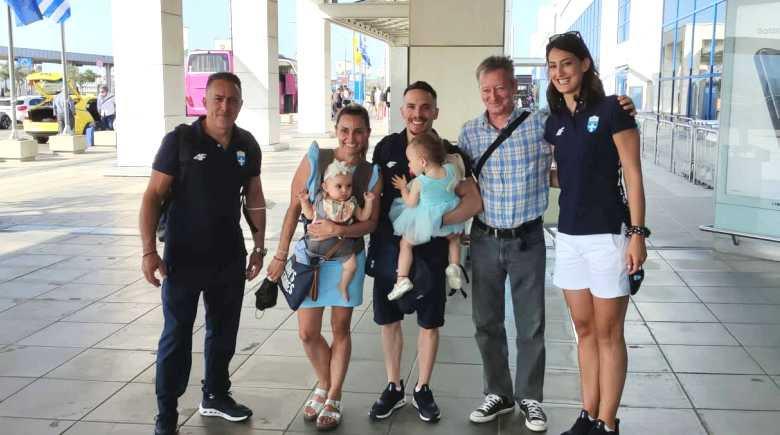 Ολυμπιακοί Αγώνες: Ο Λευτέρης Πετρούνιας αναχώρησε για Τόκιο – Τον ξεπροβόδισαν Μιλλούση και κόρες
