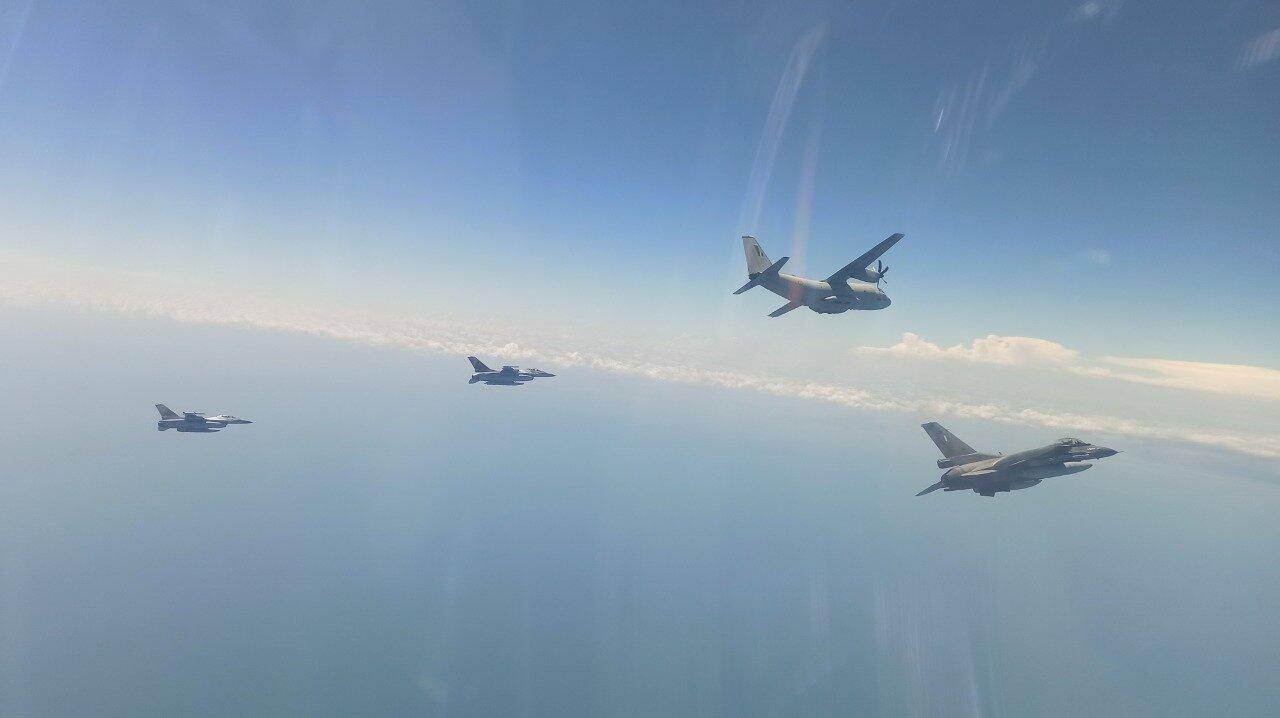 ΓΕΕΘΑ: Βίντεο από τη συμμετοχή ελληνικών μαχητικών F-16 σε άσκηση στη Μαύρη Θάλασσα