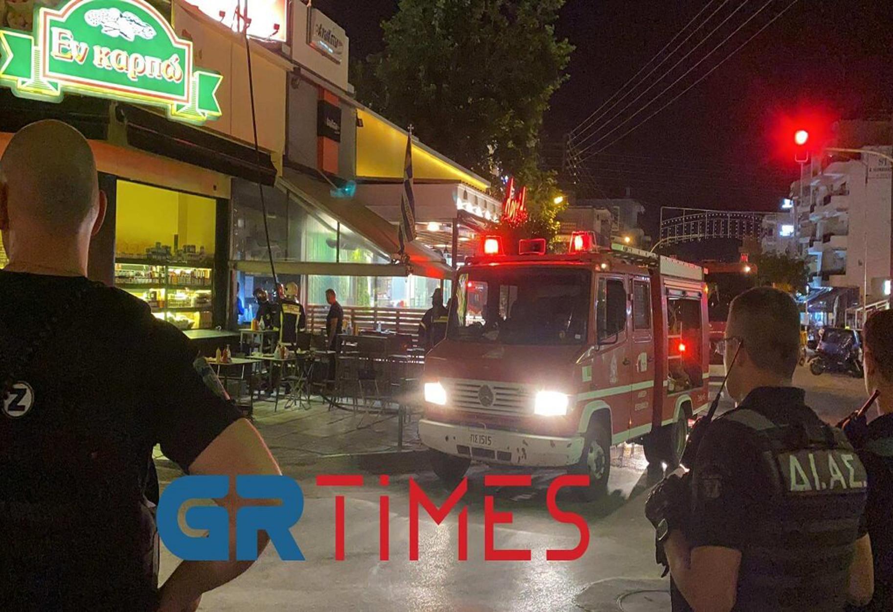 Θεσσαλονίκη: Φωτιά σε ψητοπωλείο – Κινδύνευσαν και άλλα μαγαζιά (pics, video)