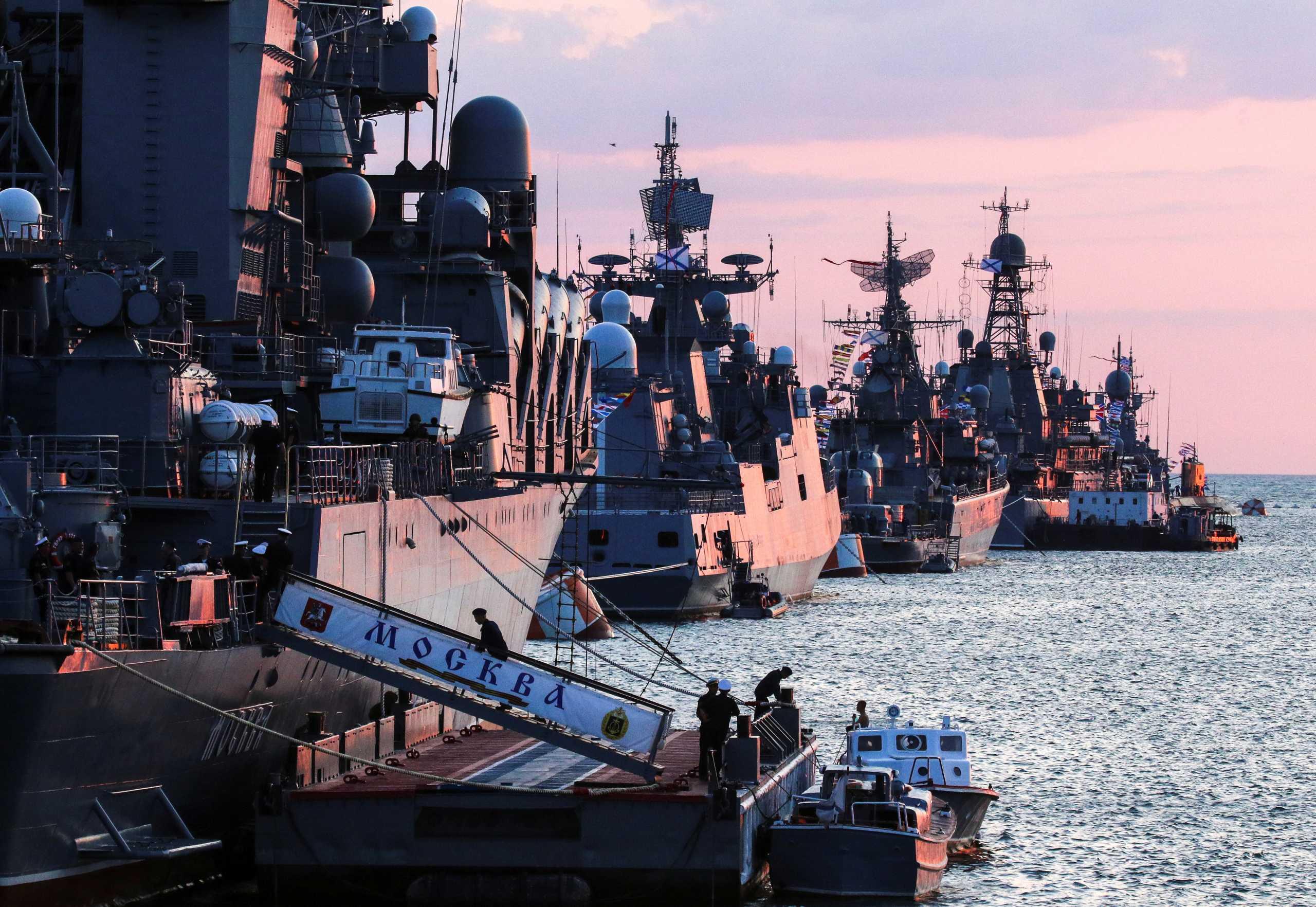 Πούτιν: Το Πολεμικό μας Ναυτικό μπορεί να καταστρέψει οποιοδήποτε στόχο