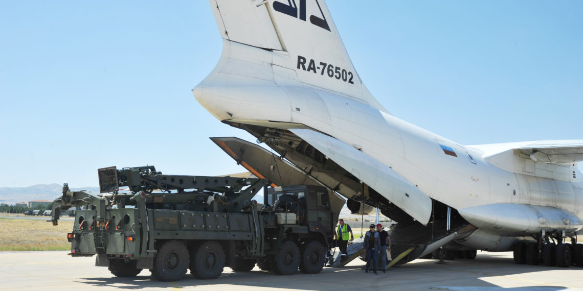 Αποκάλυψη Ρώσων για S-400: Σχεδιάζουμε παράδοση νέας παρτίδας πυραύλων στην Τουρκία