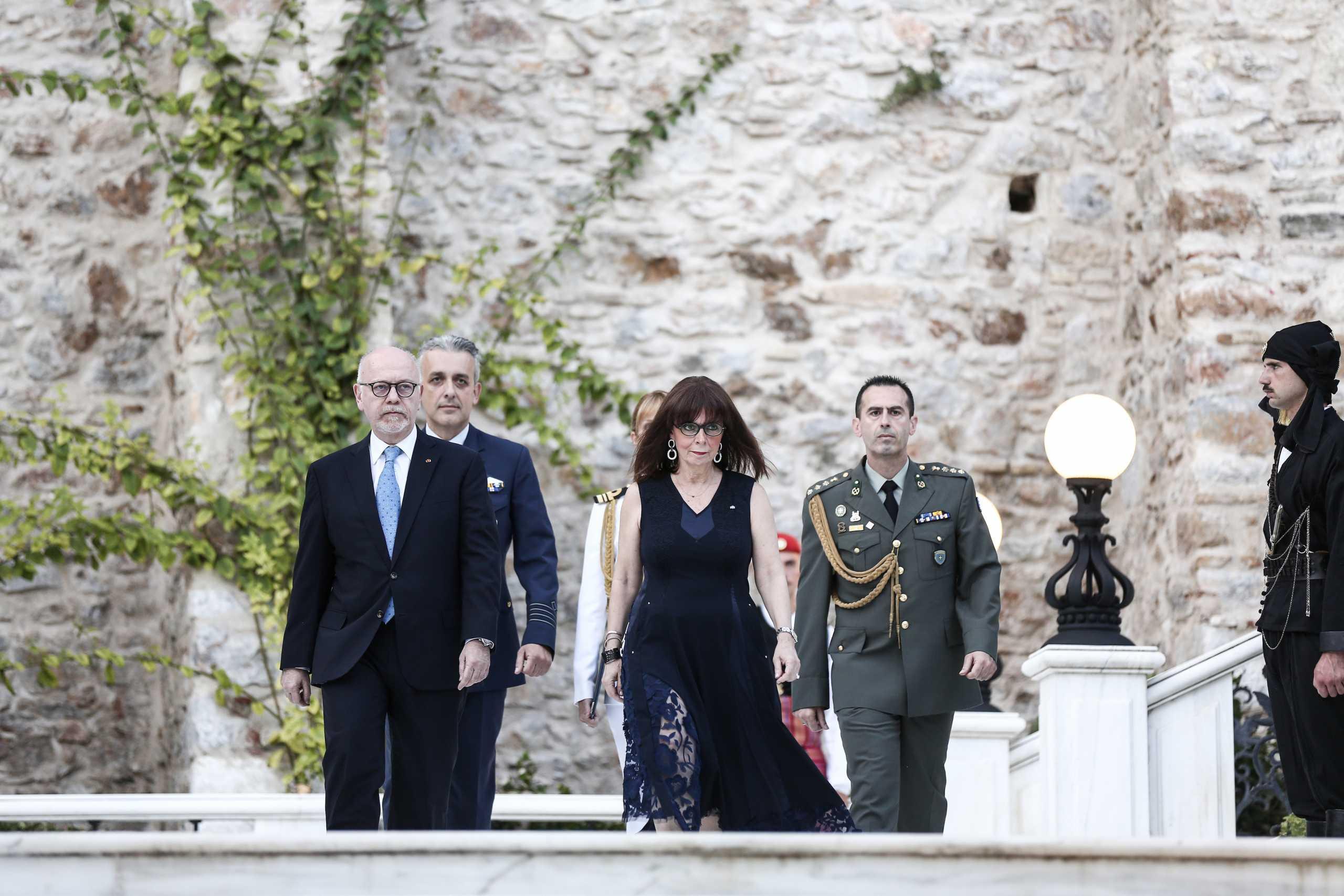 Δεξίωση στο Προεδρικό με PCR – Μάγδα Φύσσα, Σταυρούλα Αξαρλιάν, Σοφία Μπεκατώρου μεταξύ των καλεσμένων