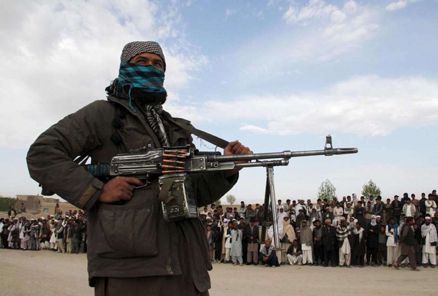 Το Αφγανιστάν πέφτει και πάλι στα χέρια των Ταλιμπάν – Ελέγχουν ξανά πάνω από τις μισές περιφέρειες