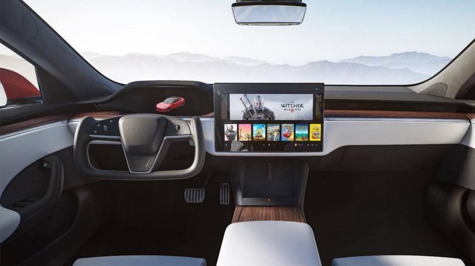Μόνο με το… διαστημικό τιμόνι θα πωλείται το νέο Tesla Model S (pics)