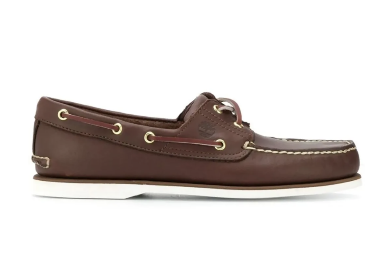 Τα παπούτσια που πρέπει να έχεις ακόμα και αν δεν έχεις πατήσει ποτέ το πόδι σου σε σκάφος