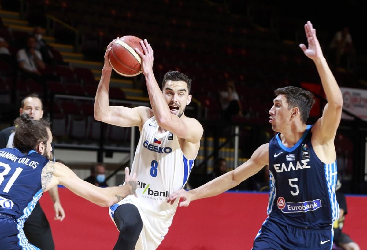 Τσεχία – Ελλάδα 97-72: Τραγική εμφάνιση κι εκτός Ολυμπιακών Αγώνων η γαλανόλευκη