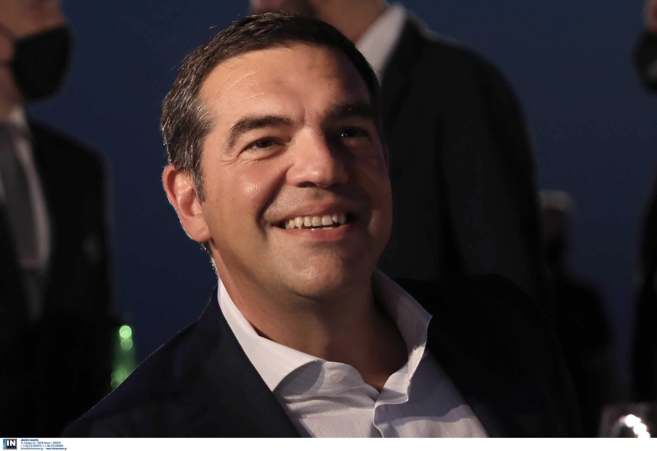 Αλέξης Τσίπρας: Σύντομα πολιτικές εξελίξεις λόγω των αντιφάσεων της κυβέρνησης