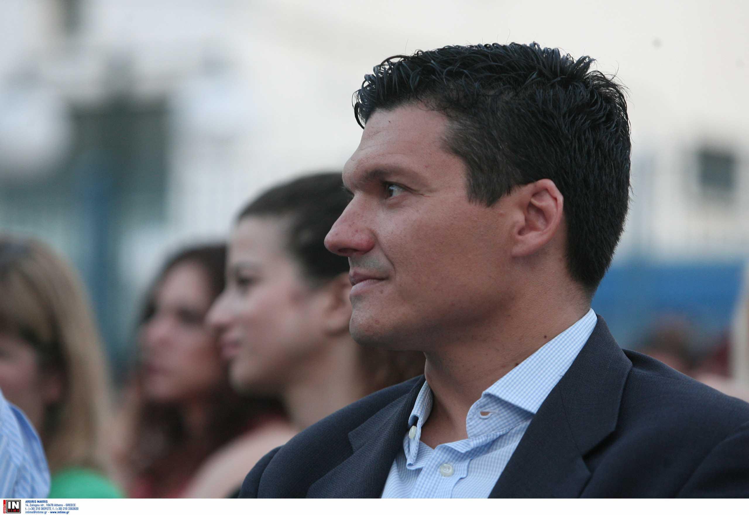 Πέθανε ο Βασίλης Τοκάκης – Έχασε τη μάχη με τον καρκίνο