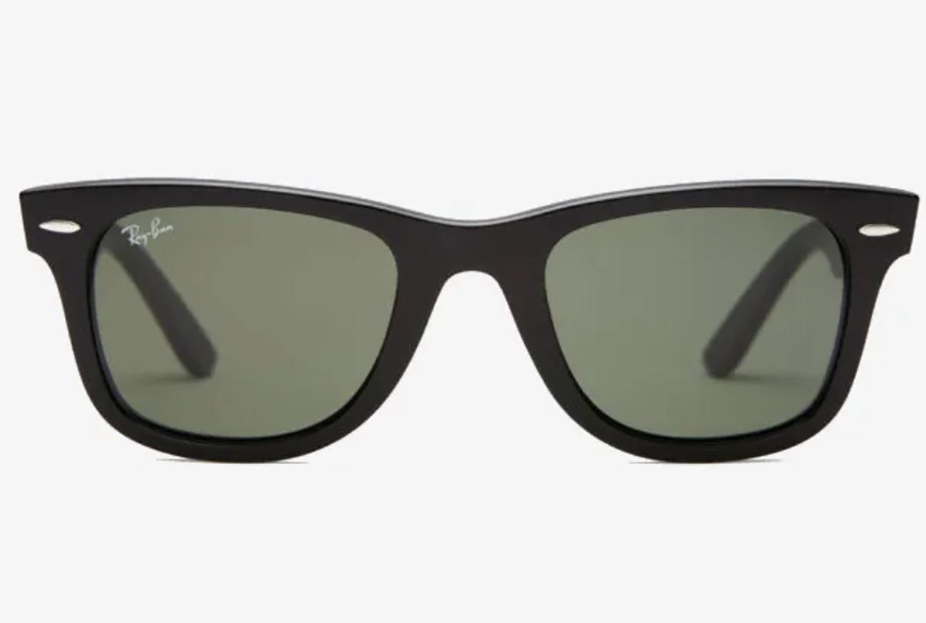 """Σου δίνουμε 10 """"λόγους"""" να αγοράσεις ένα ζευγάρι γυαλιά ηλιου Wayfarer"""